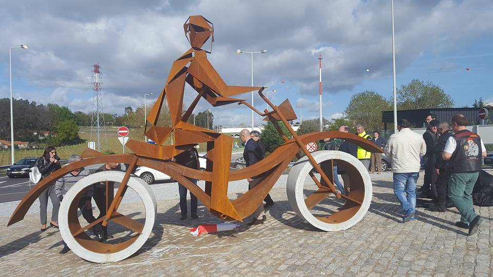 Monumento Motociclistas Penafiel
